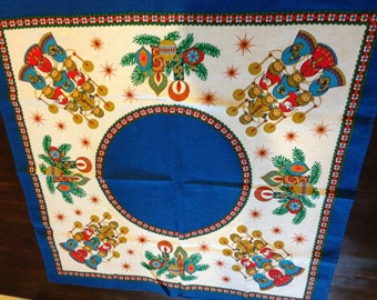 Small new vintage table cloth christmas choir angels mid century mod blue and red