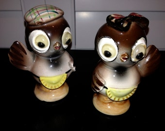 Adorable owl Googly eye Set of Salt and pepper shakers japan