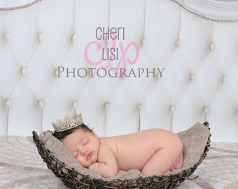 Vintage Lace Crown,Infant Photo Prop,Newborn Photography Prop,Unisex,Boy ir Girl,Choose Color,White Silver or Champagne,Hand Made,Baby Gift