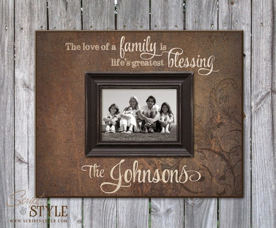 Personalized Picture Frame with Family Name & Quote Family