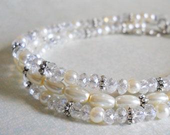 Silver Bridesmaids Bracelet Crystal Pearl Bracelet Dainty Wedding Jewelry Ivory Pearl Jewelry Bridal Party Jewelry Petite Pearl Jewelry
