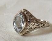 Art Deco Vintage 14K Aquamarine Filigree Ring