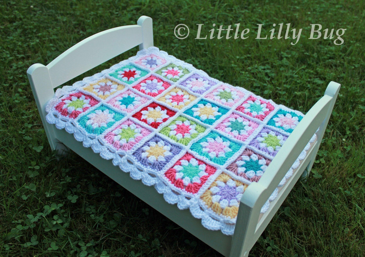 Crochet Pattern For Doll Blanket : Crocheted Doll Blanket Newborn Blanket Daisy Flower Granny