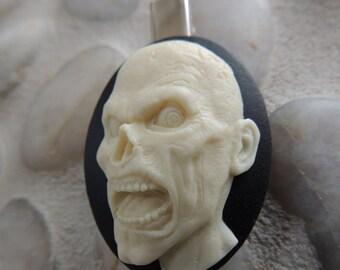A Zombie Hair Clip