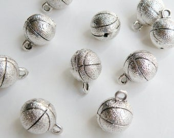 5 Basketball sports 3D charms round pendants antique silver 13.5mm DB16194