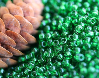 Seed beads, TOHO, size 11/0, Transparent Grass Green, N 7B, glass beads - 10g - S276