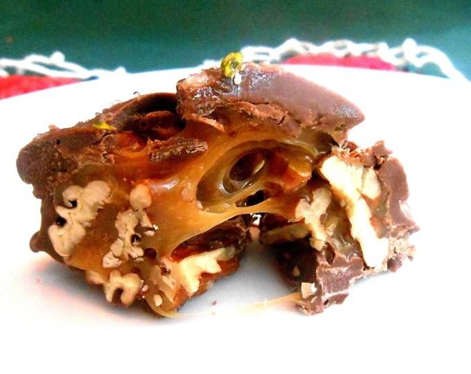GIFT BOX Caramel Chocolate Clusters Turtles, Pecan,Cashew, Almond, Peanut, Hazel Nut, Pistachios, or Walnuts, Sea Salt, Giant Sized