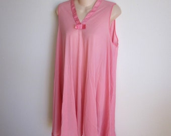 Vintage nightgown peach  nylon Henson Aline baby doll L XL