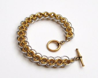 Gold & silver bracelet, chainmail Cylon weave