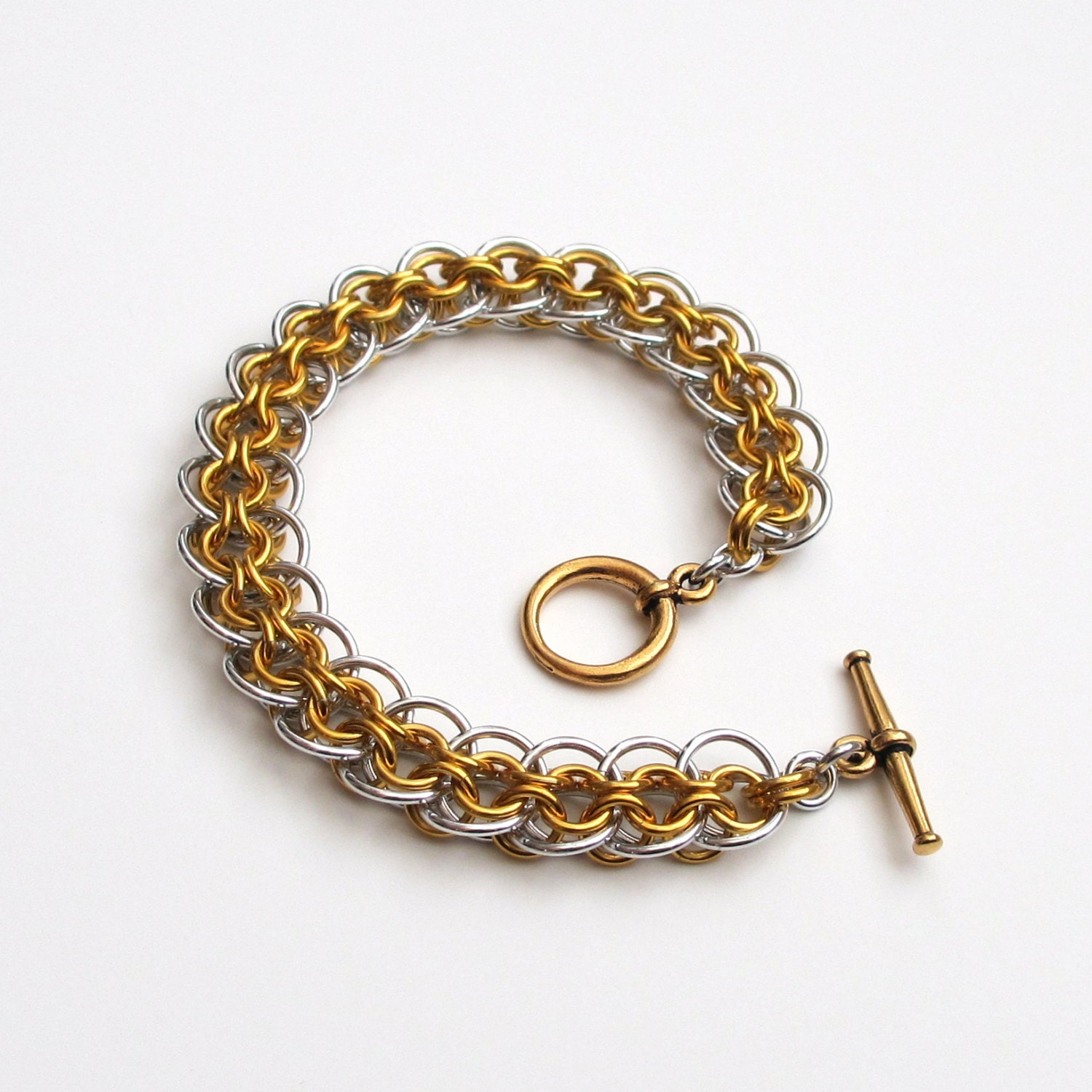 Make A Chain Mail Bracelet: Gold & Silver Bracelet Chainmail Cylon Weave