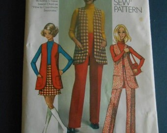 Simplicity 8917     Vest, slacks, skirt. size 18