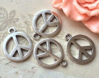 16 mm Tibetan Silver Peace Sign Charm Pendants (.ss)