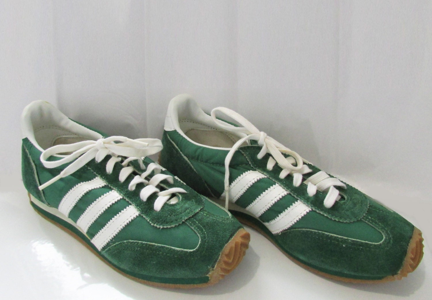 Sneakers Tennis Shoes Vintage 70's 7 1/2M NOS