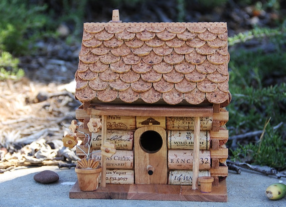 Log cabin birdhouse wood and wine corks for How to build a birdhouse out of wine corks