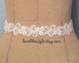 Ivory Beaded Lace with Satin Ribbon Sash // Bridal Sash , Bridesmaid Sash, Head tie, Headband , Wedding Sash  // SH-41