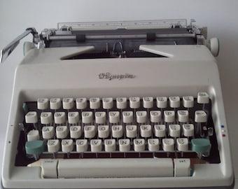 Vintage Olympia Deluxe Typewriter Western Germany