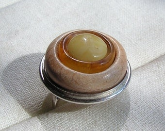 Hand made ring sterling silver wood natural baltic amber adjustable round circle