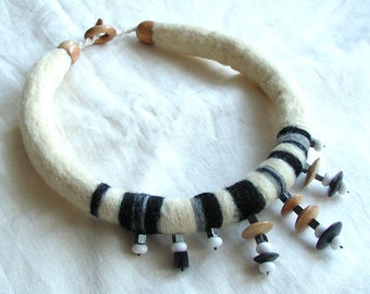 Hand felted unique necklace black and white wool stones wood baumwole agates haematite