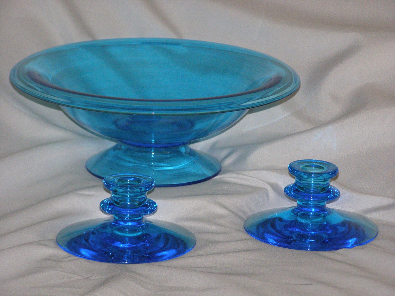 Vintage fostoria blue glass candle holders centerpiece bowl