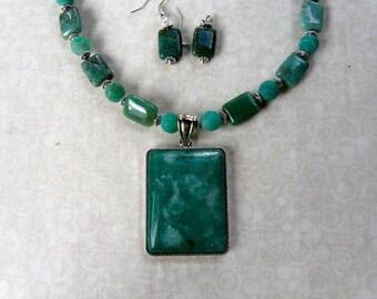 18 Inch Green Rainforest Jasper Pendant Necklace with Earrings