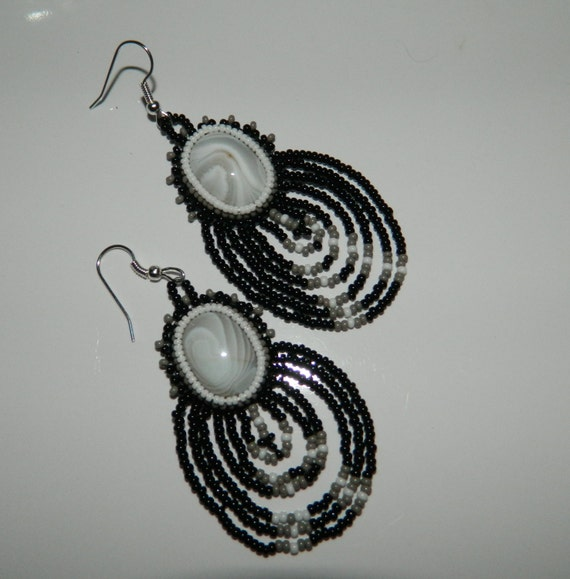 Native American made Agate Cabochon and Beaded Earrings in Black and White
