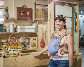Mei tai baby carrier from twill cotton and Didymos Papillon Valentin wrap. Perfect one for a hot summer.