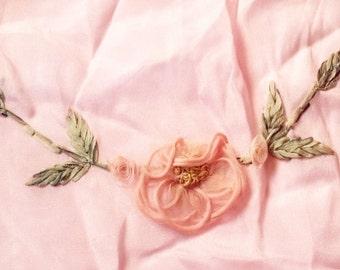 Ribbonwork // ribbon work // antique rosettes // rosettes // 20s rosettes // 20s flower // 20s dress // 20s silk
