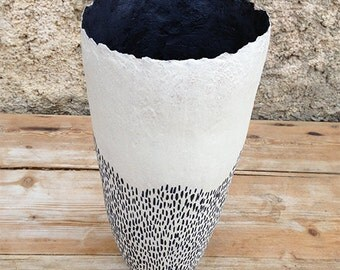 Ceramic vase, black and white lines, organic design