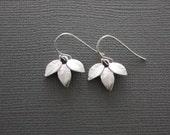 019- Simple three leaf rhodium plated earrings
