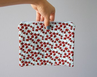 zipper bag  - red poppy print bag with seaglass green-blue background - pencil case - back to school - makeup bag - purse organizer