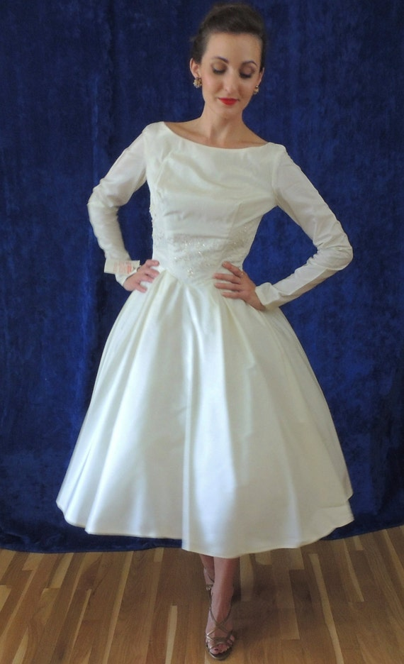 1950s full skirt wedding dress lace sequins by addonevintage for Full skirt wedding dress