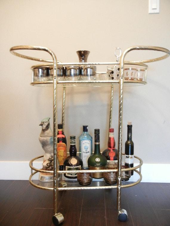 vintage bar chariot or chrome bar chariot par notmadeinchinafinds. Black Bedroom Furniture Sets. Home Design Ideas