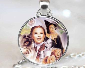 Wizard Of Oz Pendant, Wizard of Oz Necklace, Wizard of Oz Jewelry (PD0479)