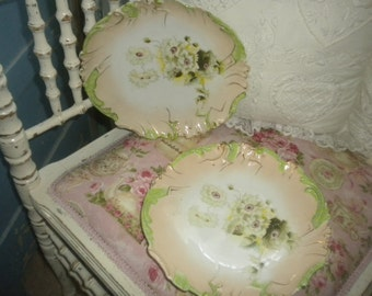 Beautiful set of 5 Vintage Plates, Shabby Chic, Victorian, Eclectic, French Farmhouse