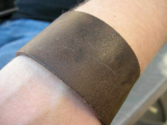 Brown Distressed Leather Cuff Wristband Tough Bracelet with Snap BRN-111-1