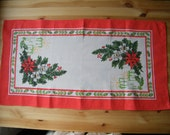 Vintage Swedish Christmas Decoration Table Runner Tablecloth with Bunch of Christmas Flowers, Berries, Candles Table Linens Swedish Textiles
