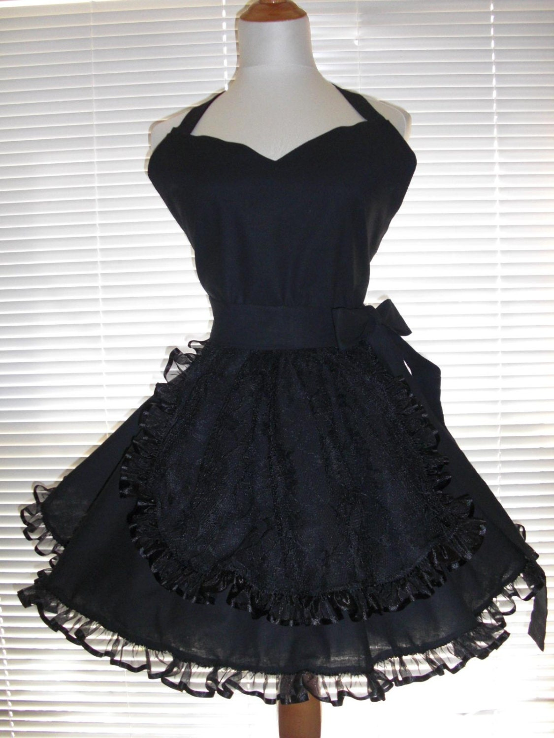 White apron skirt