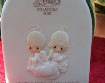 Precious Moments Collectors Cllub Plaque