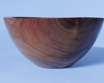 Acacia bowl: unique-hand crafted and exotic