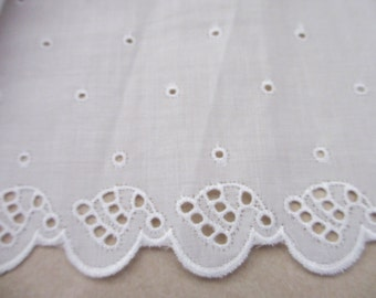 1.5 Yards 15cm Wide Vintage Off White Cotton Voile Lace Trim with Embroidered Scallop Edging with Seashell and Dot Design