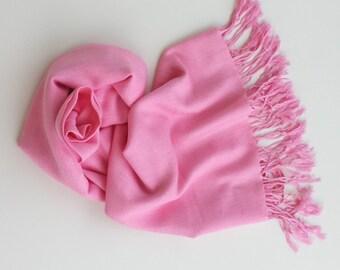 PINK PASHMINA shawl. Pink Pashmina scarf. Wedding Shawl. Pink Shawl. Pink wedding. Pink Scarf