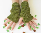 Green Fingerless Gloves With Buttons,Crochet Pattern, Hand Arm Warmers,Winter Accessories, Fall Fashion,Mittens