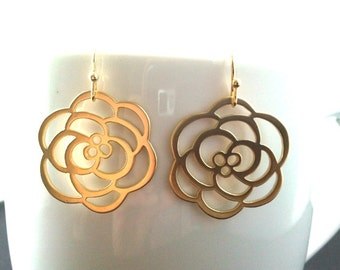 Rose Flower Gold earrings, dangle, glass, drop,Lovely Gift,Wedding jewelry,christmas gift, cocktail jewelry