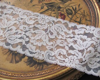 Vintage Extra Wide Off White STRETCH Floral Lace  - 3.5 Inches Wide - 2 Yards Total #24L Spool