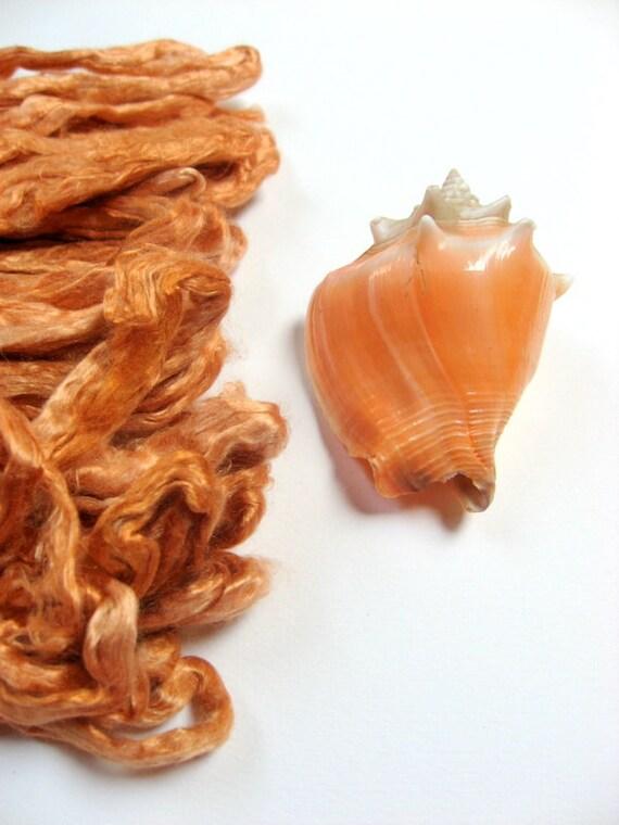 1 oz (28 g) Mulberry Silk Roving Top Fiber STIL DE GRAIN Yellow - Hand dyed