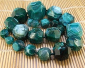 """Full Strand Knotted Faceted Green Tower Agate Beads ----- 10mm -30mm----- about 21Pieces ----- gemstone beads--- 19"""" in length"""