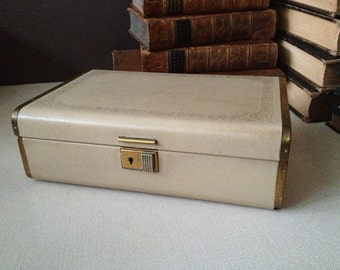 Mid Century Jewelry Box // Velvet & Satin Lined