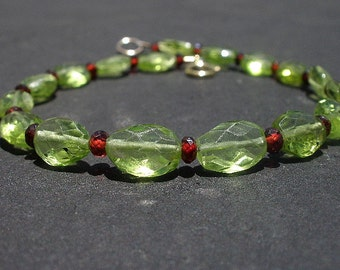Natural Gemstone Peridot Faceted Oval Beads - Red Garnet Faceted Button Shape Beads - 14kt Yellow Gold Filled Bracelet