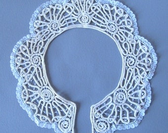 1930's   Collar lace off white