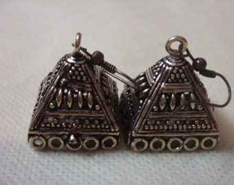Bronze plated  large jhumkas or Indian hanging earring bases with hook x 2, 20mm, free combined shipping